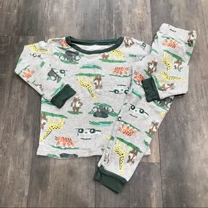 💥4 for $15💥 Carter's Safari Pajamas